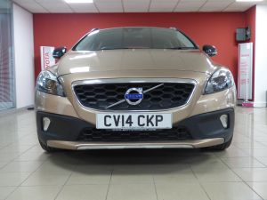 VOLVO V40 D2 CROSS COUNTRY LUX - 5110 - 23