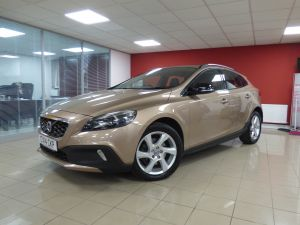 VOLVO V40 D2 CROSS COUNTRY LUX - 5110 - 1
