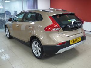 VOLVO V40 D2 CROSS COUNTRY LUX - 5110 - 30
