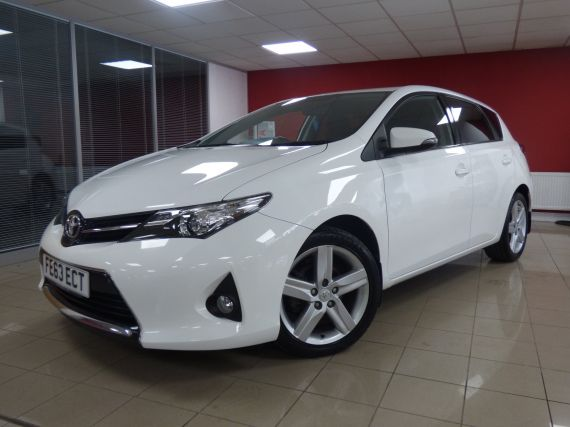 Used TOYOTA AURIS in Aberdare for sale