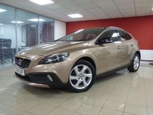 VOLVO V40 D2 CROSS COUNTRY LUX - 5110 - 2